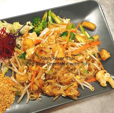 Pad_Thai_Noodles_Veg_Tofu_Siam_River_Tha