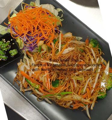 Singapore_Noodles_Veg_Beansprouts_Siam_R
