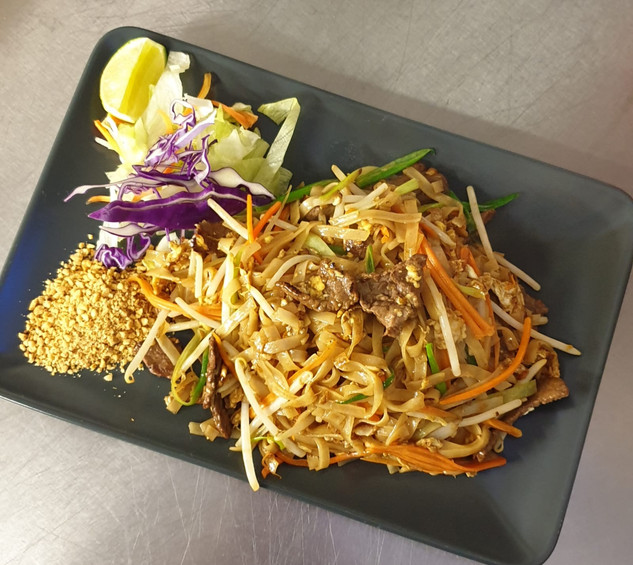Pad_Thai_Noodles_Beef_Siam_River_Thai_No