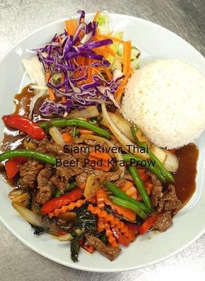 Beef_Pad_Kra_Prow_Siam_River_Thai_2021.j