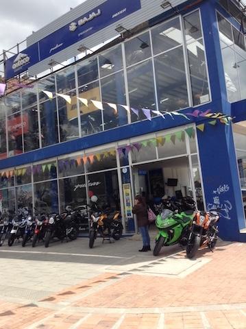 Carrera 20 concesionario Auteco Bogota