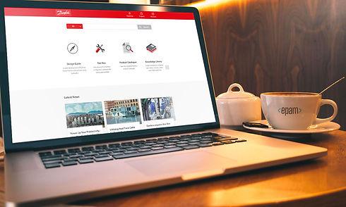 MacBook_mock_1.jpg