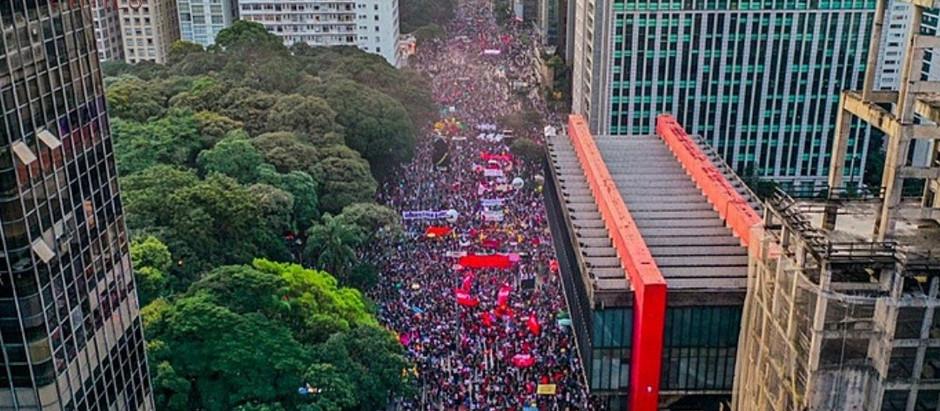 DIA 29 DE MAIO FICOU MARCADO POR PROTESTOS EM CIDADES DE TODO O PAÍS CONTRA O GOVERNO BOLSONARO
