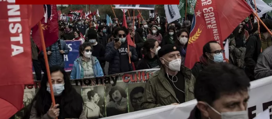Manifestações marcam os 48 anos do golpe militar que destituiu Allende e levou o Chile à ditadura.
