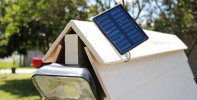 Solar motion sensor spotlight