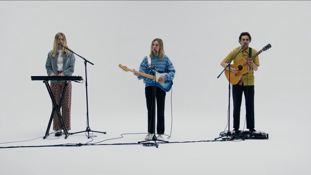 "The Japanese House ""Lilo"" (Live Session)"