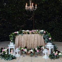 Outdoor sweetheart table inspo