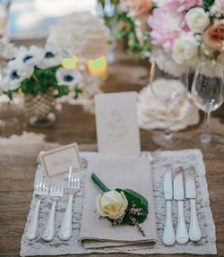 Lace Placements and Linen Napkins topped off with a rose.jpg#moonatelier_LA.jpg Simple and classic.j