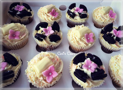 selection box of cupcakes14