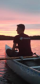 Zonsondergang in de kano
