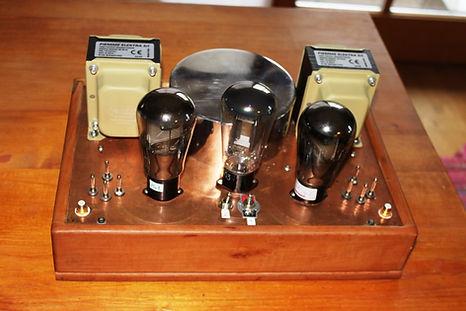 RS241 in der Mitte RGN2504 Röhrenverstärker-bauen-Selbstbau-Schaltplan beste-HiFi-DIY-Röhrenverstärker tube-amp-schematic-amplifier Best tube amplifier DIY