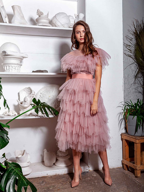 Платье ярусное из фатина