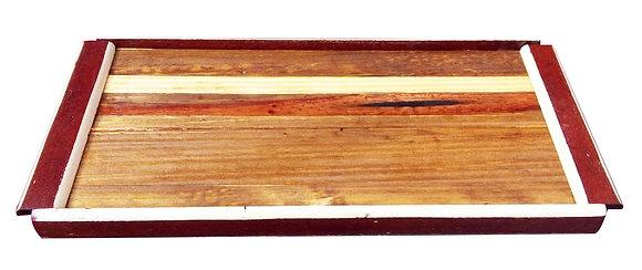 Bandeja em madeira maciça