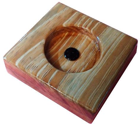 Incensário em madeira
