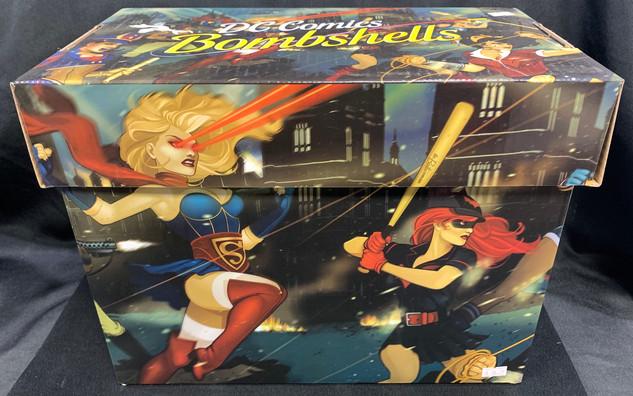 DC Bombshells Comic Box