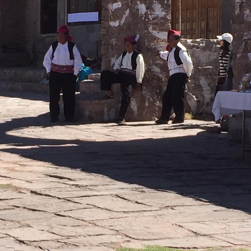 Men on the Plaza de Armaz
