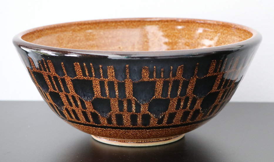 Black and Tan speckled bowl