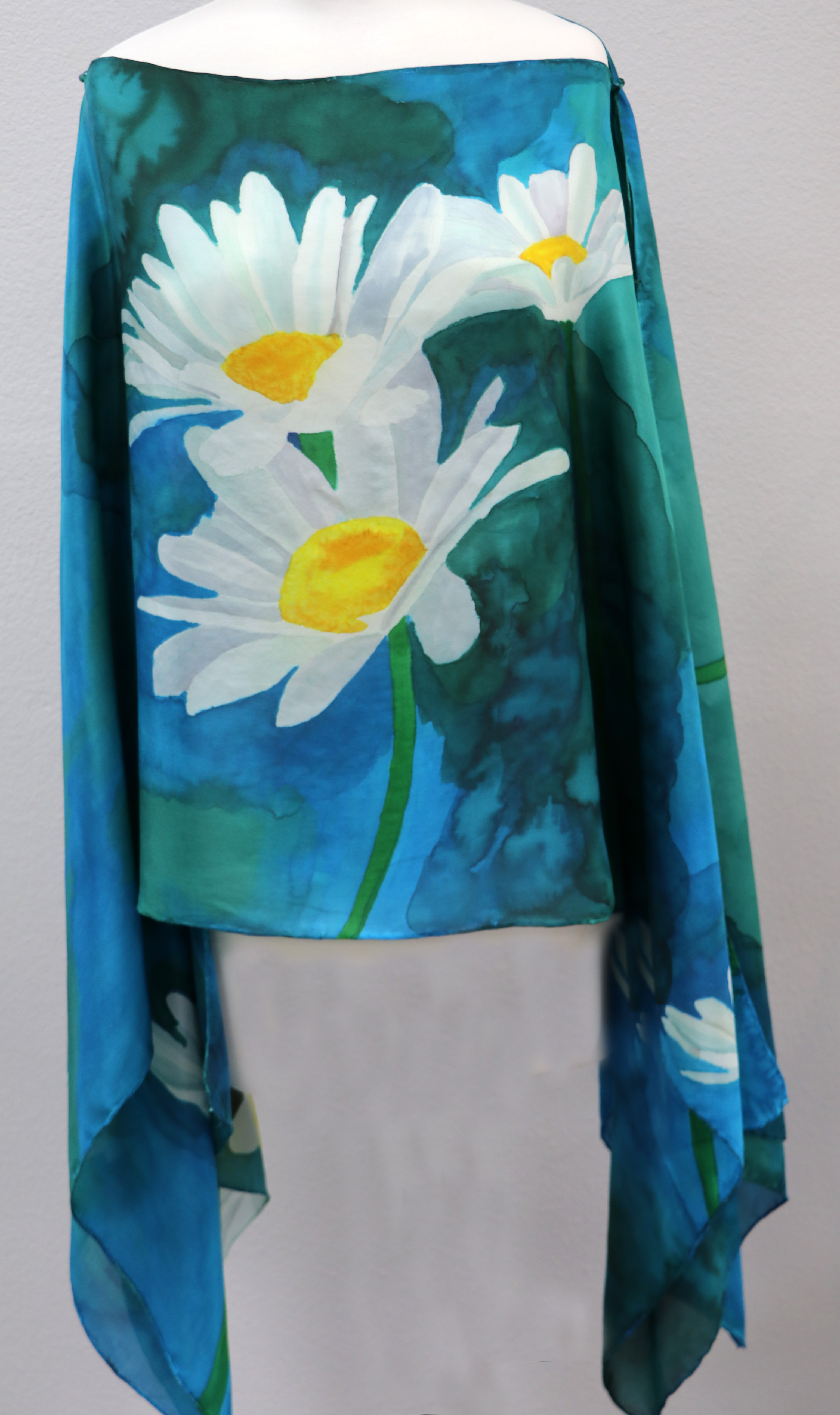 Daisies front
