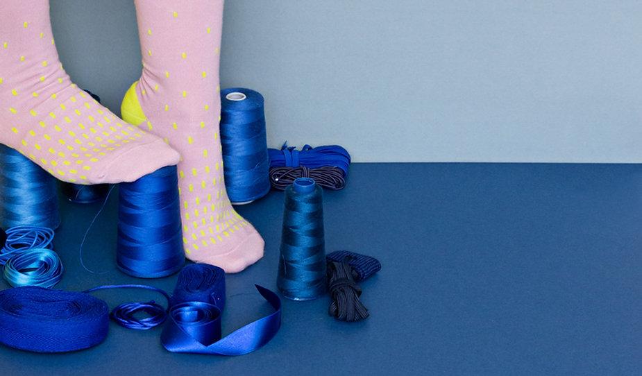 Trol: marca española de moda sostenible con mucho Color. Calcetines de algodón peinado.
