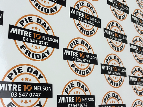 mitre 10 pie day_edited.png