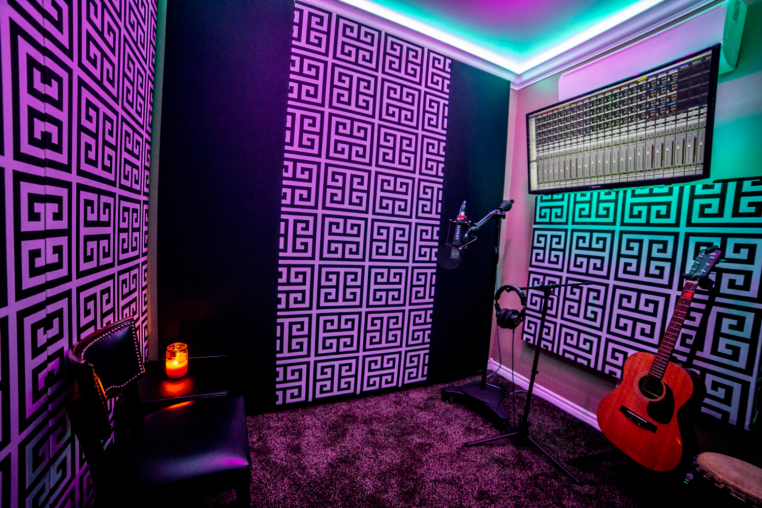soundproof booth
