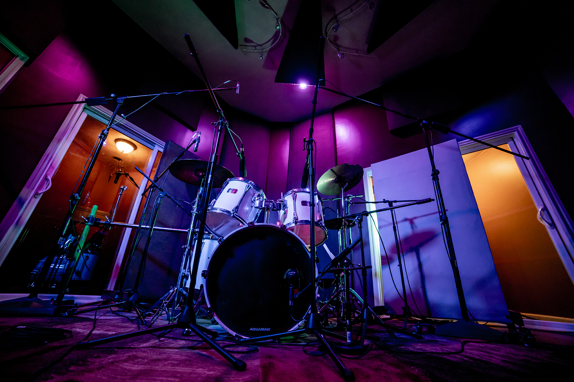 drums in live room