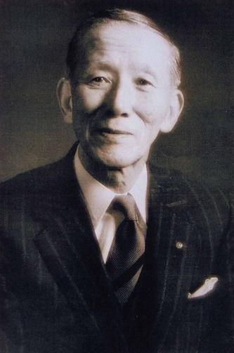 shinichi-suzuki_zTqUX.jpg
