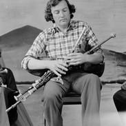 Liam Ó Floinn playing at the piping recital, 1978.