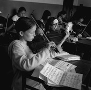 Students in Johnny Kelly and Darach O'Connor's fiddle class 2003.