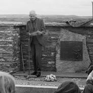 Seán Reid speaking at the graveside tribute to Willie Clancy, 1977.