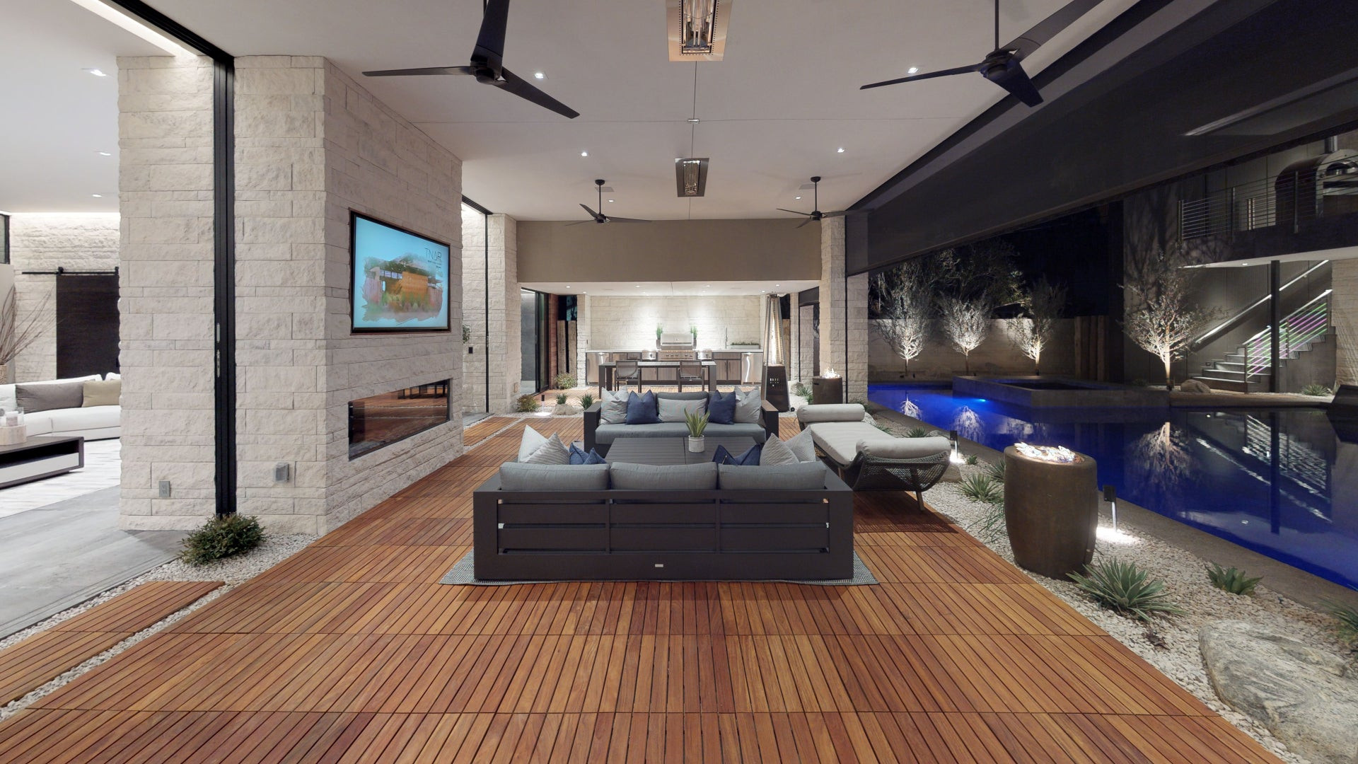 Sos6XjwWNvU-Living_Room.jpg