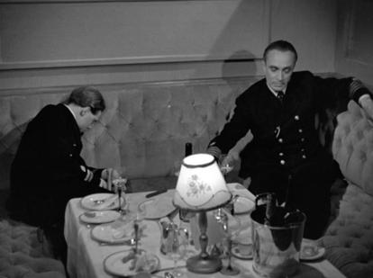 Marius Goring as Lieutenant Felix Schuster and Conrad Veidt as Captain Ernst Hardt