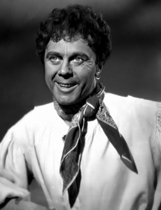 Marius Goring as Sir Percy Blakeney/The Scarlet Pimpernel in disguise as Marius Olivier in Episode 18 'The Farmer's Boy'