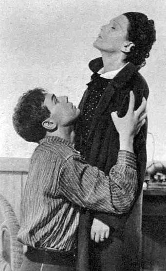 Marius Goring as Max and Lucie Mannheim as Anna in 'Girl Unknown' by Ferenc Molnár at the New Theatre September 1936