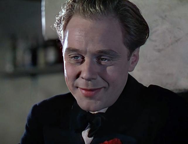 Marius Goring as Reggie Demarest