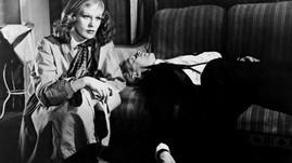 Hildegarde Knef as Inge Hoffman and Marius Goring as Kurt Willbrandt
