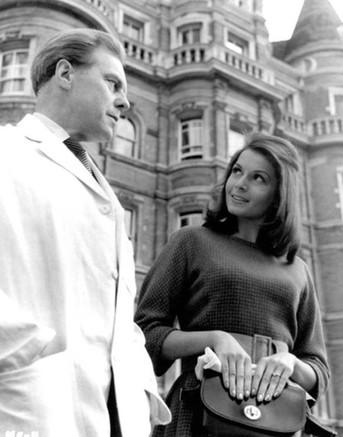 Marius Goring as Hans Körtner and Eva Bartok as Karin von Seefeldt