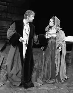 Marius Goring as Angelo and Judi Dench as Isabella in a scene from 'Measure for Measure' during a dress rehearsal at the Royal Shakespeare Theatre in Stratford-upon-Avon on 10 April 1962