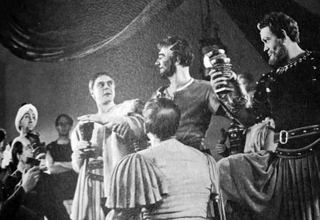 Marius Goring as Octavius Caesar, Michael Redgrave as Marc Antony and Harry Andrews as Enobarbus