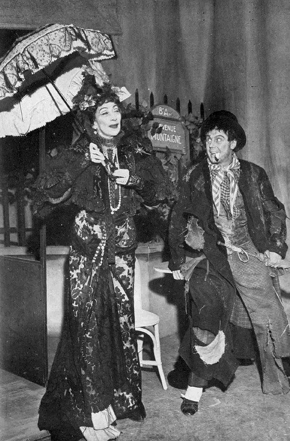 Martita Hunt as Countess Aurelia-the Mad Woman of Chaillot and Marius Goring as The Ragpicker in 'The Mad Woman of Chaillot' by Jean Giraudoux at St James's Theatre, London 15 February–14 April 1951