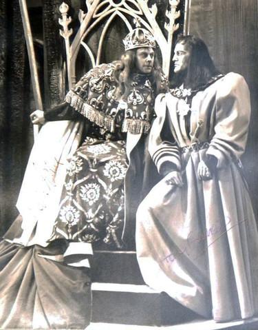 Marius Goring as Richard III & Harry Andrews as Buckingham in Richard III at Stratford 1953