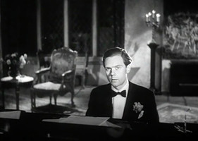 Marius Goring as Lord Lebanon
