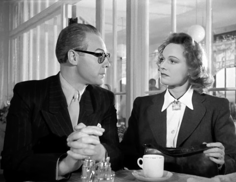 Marius Goring as Colonel Henri and Anna Neagle as Odette Sansom in Odette 1950