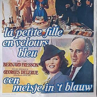 La Petite Fille au Velous Bleu Poster