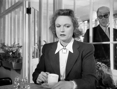 Marius Goring as Colonel Henri & Anna Neagle as Odette