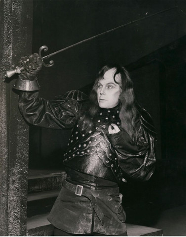 Marius Goring as Richard III in Shakespeare's 'Richard III' at Stratford 1953
