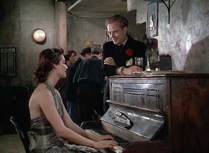 Marius Goring as Reggie Demarest and Ava Gardner as Pandora Reynolds