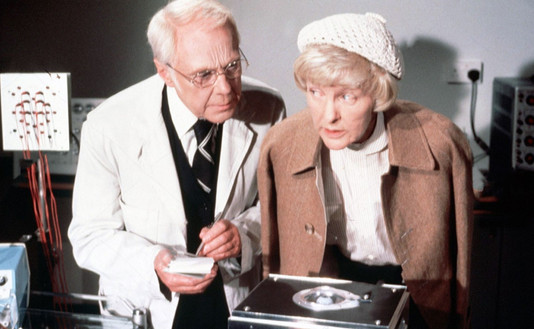 Marius Goring as Dr John Landy and Eileen Stritch as Mary Pearl in Tales of the Unexpected: William and Mary 1979