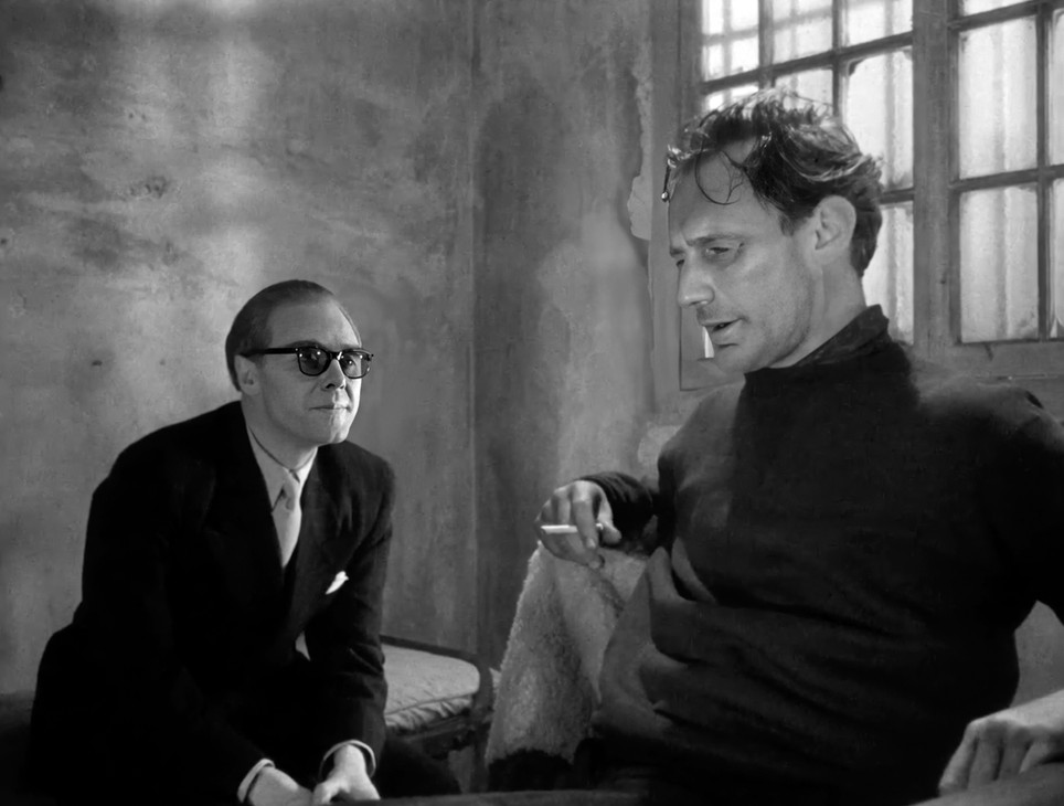 Marius Goring as Colonel Henri and Trevor Howard as Peter Churchill/Raoul