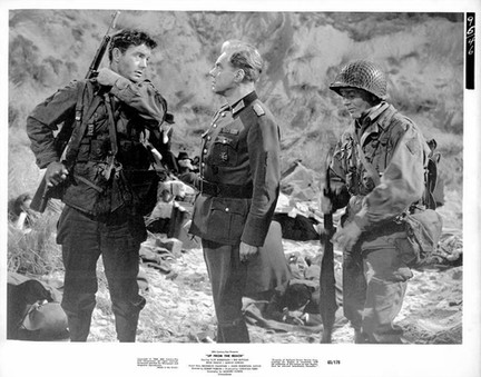 Cliff Robertson, Marius Goring & Red Buttons